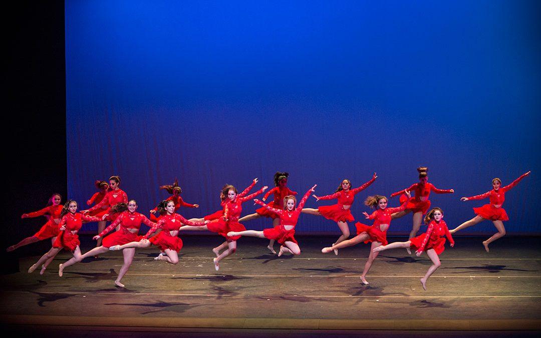 Concluye exitosa presentación de la Escuela de Ballet de Cristina Ortega en el Teatro del Lago.