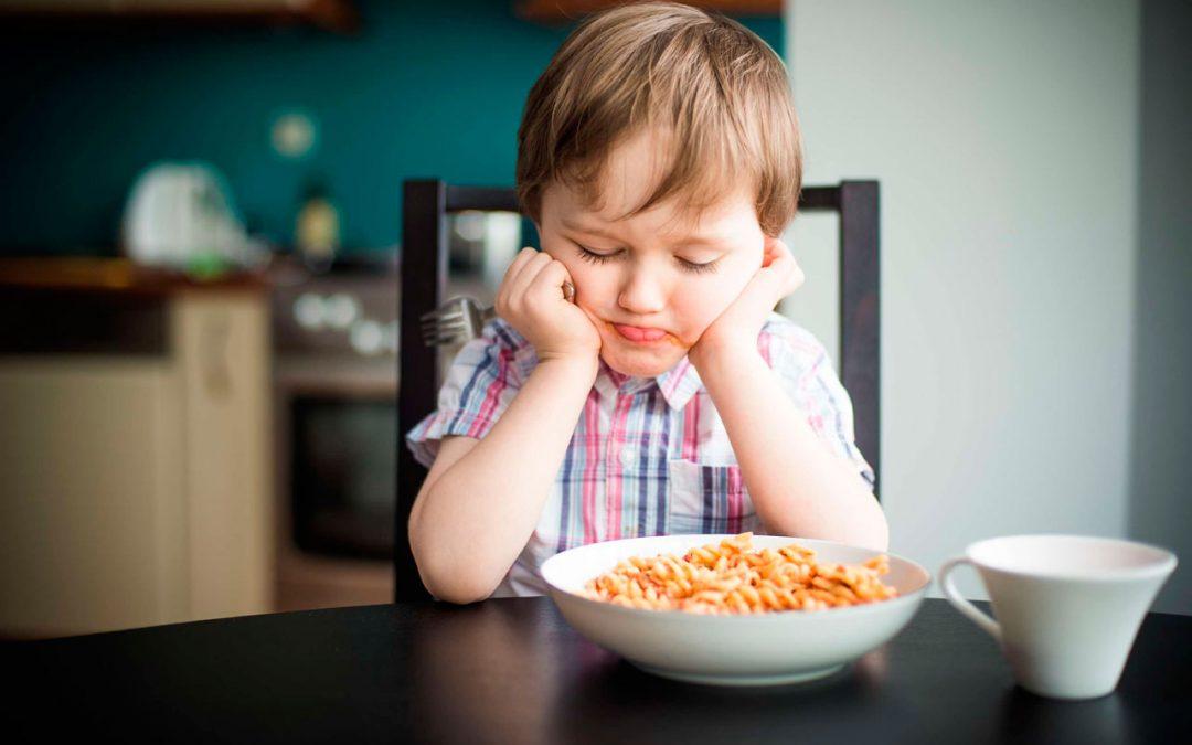 Problemas de alimentación en los niños: niñosquisquillosos V/S niños con dificultad alimentaria